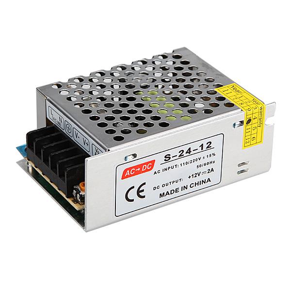 110V-220V til 12V 24W Switch Strømforsyning til LED Lysbånd Konverter Bilbelysning