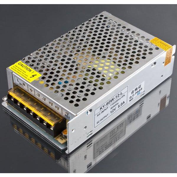 12V 5A 60W Switch Nätaggregat Driver till LED-lampor Strip Bilbelysning