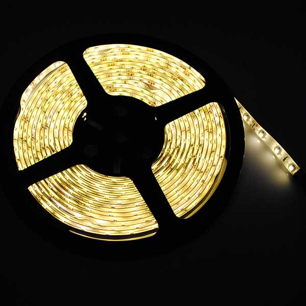 5M 500cm 18W Varmvit 3528 SMD LED Slinga 300 LEDS Bilbelysning