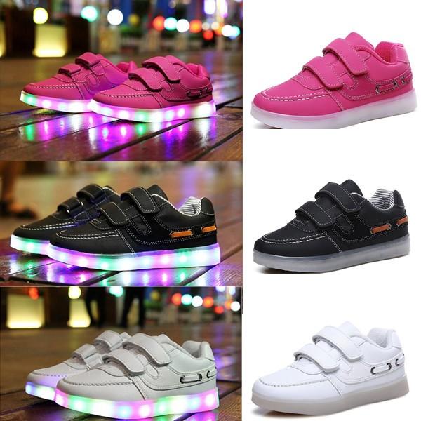 Barn Kid Pojkar Flickor LED Light Up Colorful Sport kardborrband Sneakers Dans Outdoor baby Gummi Skor