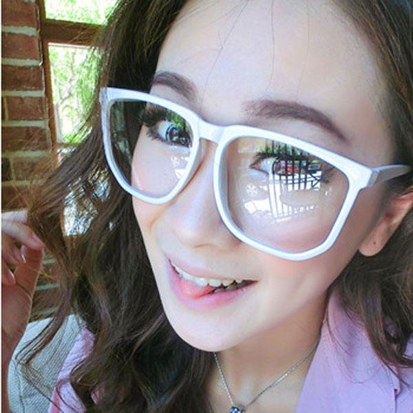 Arbeiten Sie Weinlese Sonnenbrille Rahmen Damenbekleidung