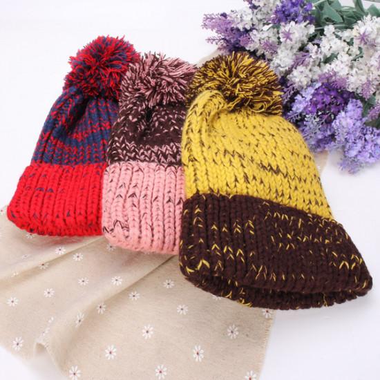 Frauen arbeiten Mix 2 Farben Wollmütze Fluff Kugel Wool Cap 2021