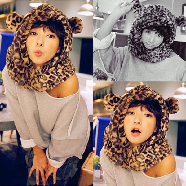 Kvinna Vinter Leopard Printed Ear Cotton Hat Halsduk Damkläder