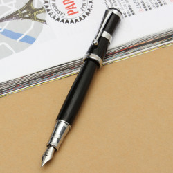 Fountain Pen Fine Nib Classic Style Vivid Black Color Smooth Writting