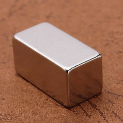 N35 Stark Block Magnet Jordartsmetaller Neodymium 20 * 10 * 10mm