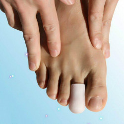 A Pair Of Silicone Corns Toes Protect Case