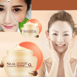 Anti-aging Moisturizing Blekning Scar Borttagning Emulsion Snail Cream