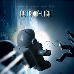 Astronaut Sensor Nattlampa Ljud och Ljus Kontroll Lampa