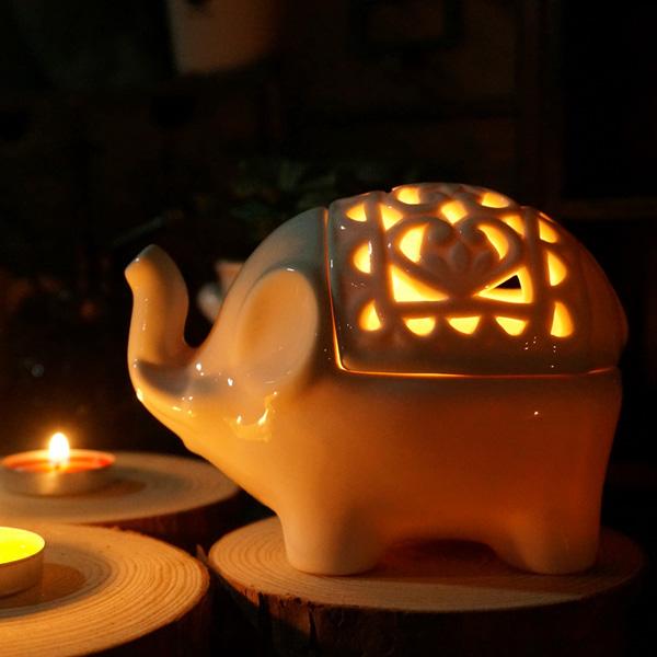 Creative Hollow Keramiska Elefant Hantverk Aromaterapi Ljusstake Heminredning