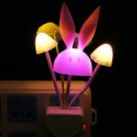 US Stecker Romantische Bunte Sensor LED Pilz Nachtlicht Wandleuchte Haus Dekoration