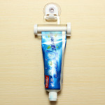 2pcs White Rolling Toothpaste Squeezer Toothpaste Tube Sucker Dispenser Bathroom
