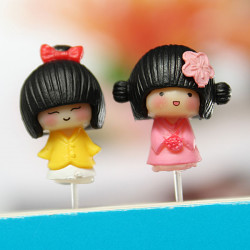 Cute Mini Resin Girl Garden DIY Micro Landscape Decorations