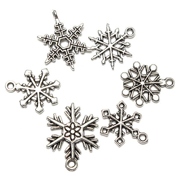 Blandade Jul Charms Snowflake Hänge Tibet Silver Heminredning Trädgårdsredskap