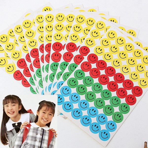540stk Børn Smiley Faces Reward Stickers Lærere Ros Værktøj Kontorartikler