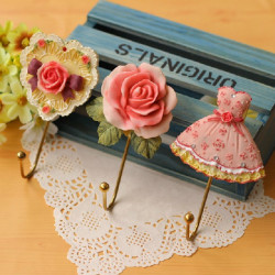 Elegant Hjerte Rose Kjole Væg Krog Håndklæde Bøjle Holder