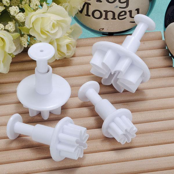 4X Daisy Kaka Dekoration Cutter Tool Plunger Kök