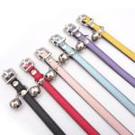 Bonbonfarben glänzende Strass Schnalle Haustier Hund Katze Halsband aus Leder Haustierzubehör