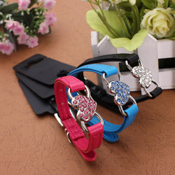 M Pet Rhinestone Cat Puppy Crystal PU Leather Collar
