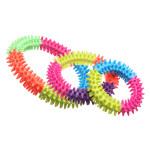 Backenzähne Rubber stachelige Mehrfarbenkreis Kauen Spielzeug für Haustiere Hunde Katzen Haustierzubehör