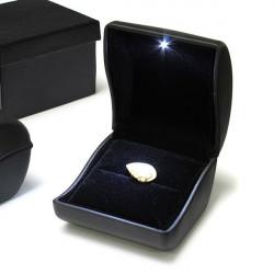 Luxus schwarz PU Leder LED beleuchtete Ring Box Schmuck Hochzeits Geschenk Kasten