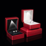 Red Solid Polish LED Lighted Ring Box Jewelry Wedding Gift Case Jewelry Supplies