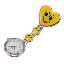 Herz Form Art nette bunte Taschen Krankenschwester Uhr Brosche