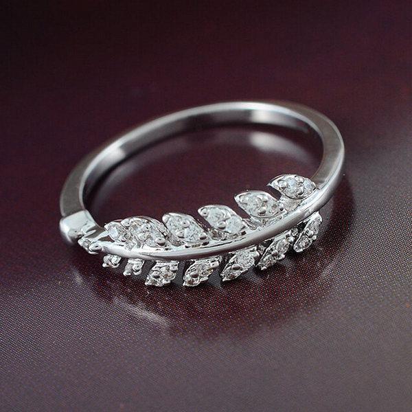 Elegant Silver Guldpläterade Zircon Crystal Löv Ring för Kvinnor Damsmycken