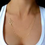 Gold Höhle Blumen Doppel Charme Ketten Halskette für Frauen Damenschmuck