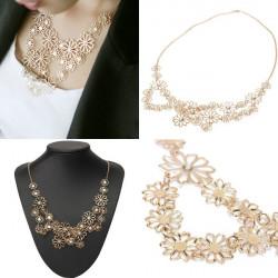 Gold überzogen aushöhlen Kristall Camellia Blumechoker Anhänger Halskette
