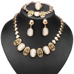 Red Beige Crystal Hollow Necklace Bracelet Earrings Ring Jewelry Set