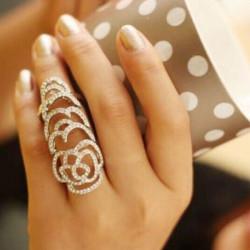 Silber Gold überzogener Kristall Strass Blume Hohlfuge Knöchel Ring