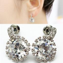 Sølv Belagte Round Clear Crystal Zircon Øreringe for Kvinder