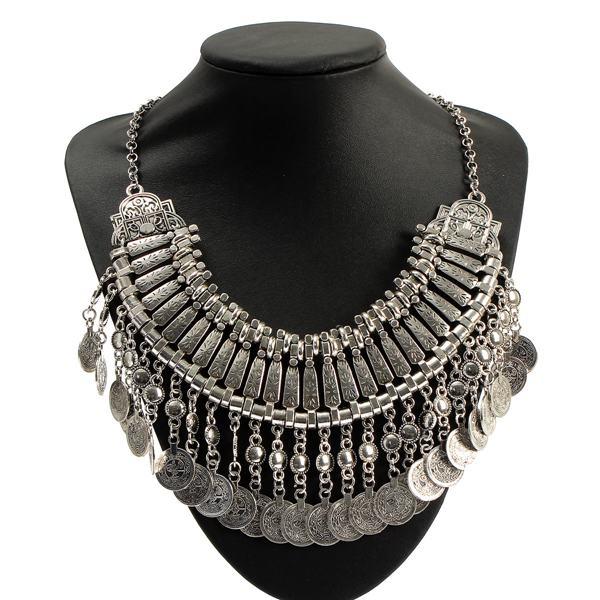 Weinlese Legierung Kragen Quasten Anhänger Opulente Halskette Damenschmuck
