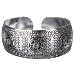 Vintage Ristade Metall Tibetan Silver Cuff Armband Bangle för Kvinnor