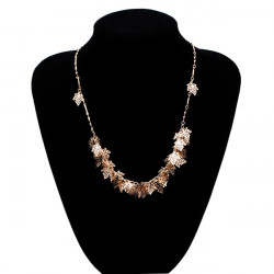 Vintage Gold Maple Leaves Alloy Collar Necklace Women Jewelry