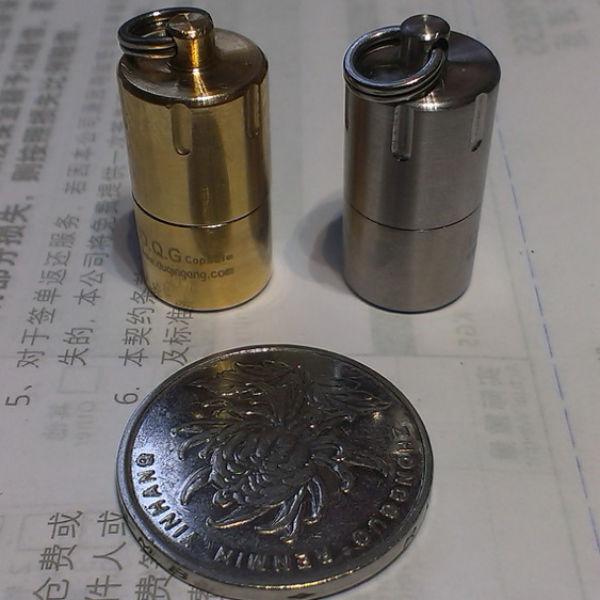 RFK Kapsel Mini Vattentät Nyckelring Lagring för 10180 Ficklampor