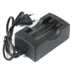 EU 100v-240v 2x18650 Rechargeable Li-ion Battery Smart Dual Charger