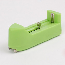 Intelligent 3.7v Recharge Battery Charger Green