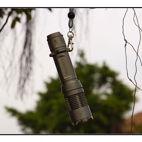 Rocher F8 CREE XM-L 350 Lumen Tactical LED Flashlight Flashlight