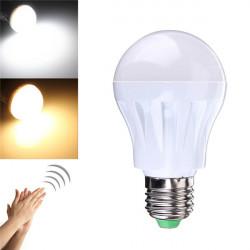 E27 5W LED Lyd and Lys Kontrol Sensor Induktion Lamp Stemmestyring