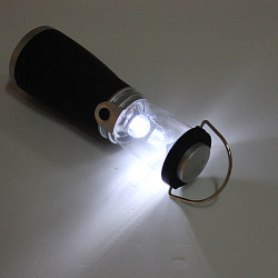 4 LED Wind Up Genopladelige Lantern Lampe Torch Lys for Camping
