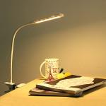 Dimbar LED Ögonskydd Bordslampa med Clip USB Läsa Lätt LED-belysning