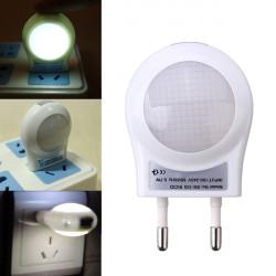LED Beleuchtung Sensor Licht energiesparende Nachttischlampe EU Stecker 220V