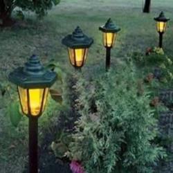 Solar Power LED im Freien Garten Bahn Plug in Rasen Licht Lampe