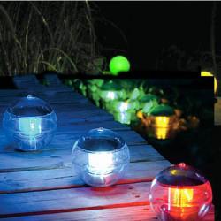 Solkraft Själv Laddning Flytande LED Ball för Trädgårdsdammar