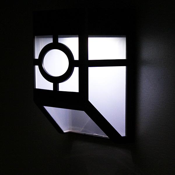 Solar Powered Väggfäste 2 LED Lantern Ljus Lampa LED-belysning