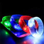 Sport Cycling Überleben Voice Activated LED Armband Wrist Band Fahrrad