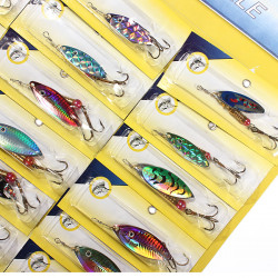 Lot 24 Arten von Fischen Köder Crankbait Metallköder Haken New Gerät