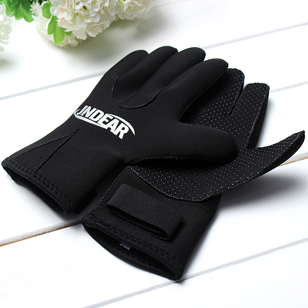 3MM Anti-slip Neoprene Swimming Gloves Scuba Diving Gloves Water Sports