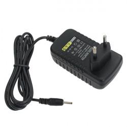 Universal EU 12V 2A Oplader Adapter med USB-kabel til Tablet